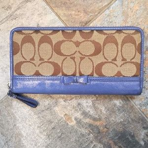 Coach signature fabric and patent leather wallet